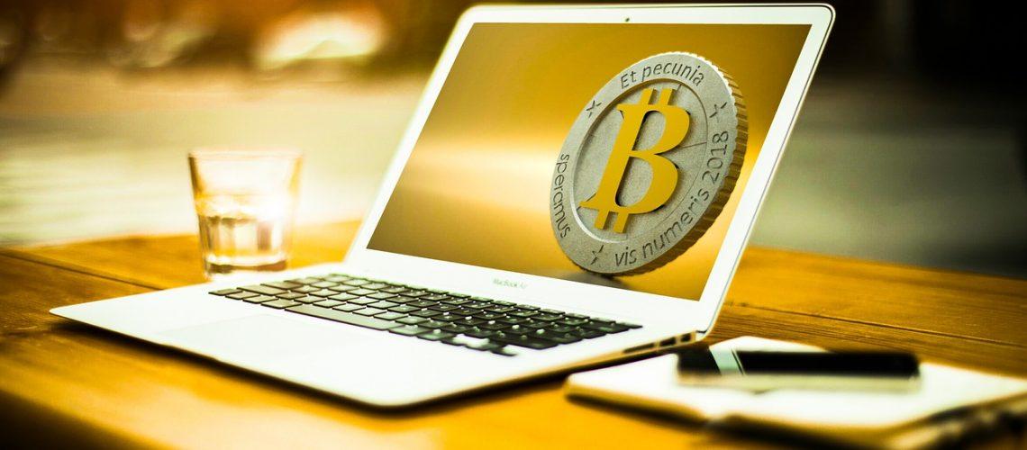 bitcoin-3090250_1280